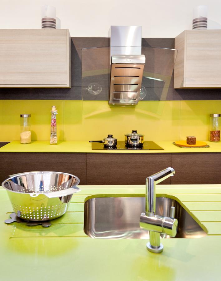 103 Muebles De Cocina En Jaen Capital - cocina fucsia y gris perla ...