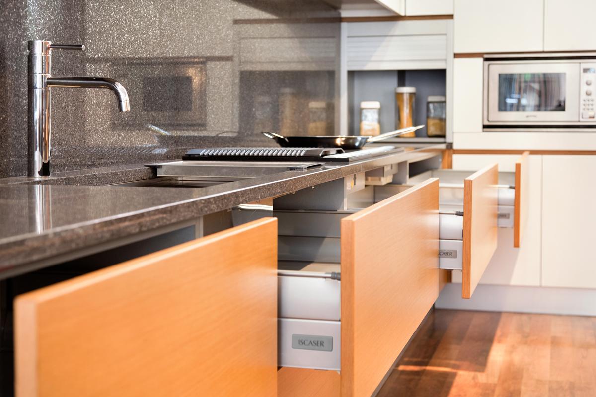 Iscaser cocinas cocinas de dise o en madrid - Cocinas de diseno en madrid ...