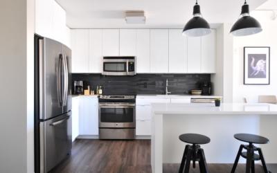 Cocinas en blanco y negro…¡irresistibles!