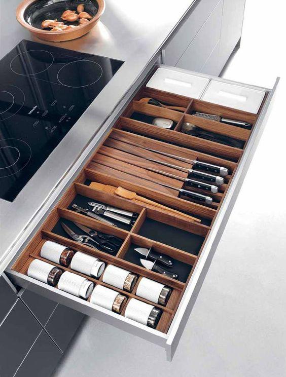 cubertero elemento imprescinidble cocina