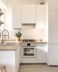Los colores que mejor combinan con tu cocina blanca