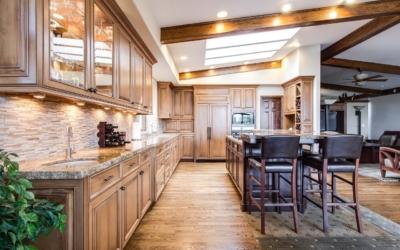 Cómo elegir los muebles para una cocinas rústicas